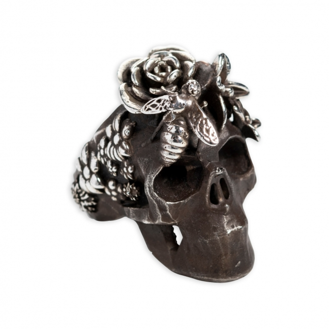The Skull Queen in Flowers 1A.jpg